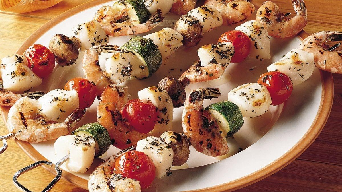 Brochettes de crevettes et de pétoncles